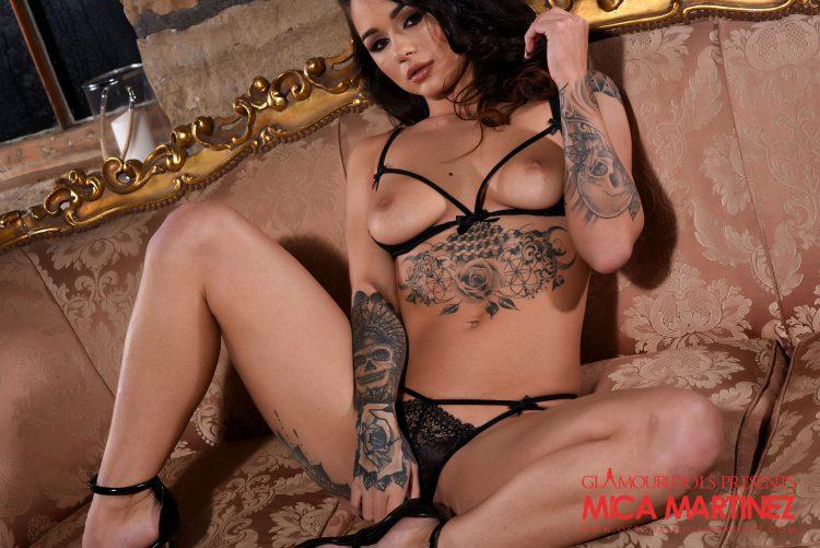 Hot Latina babe in lace panties