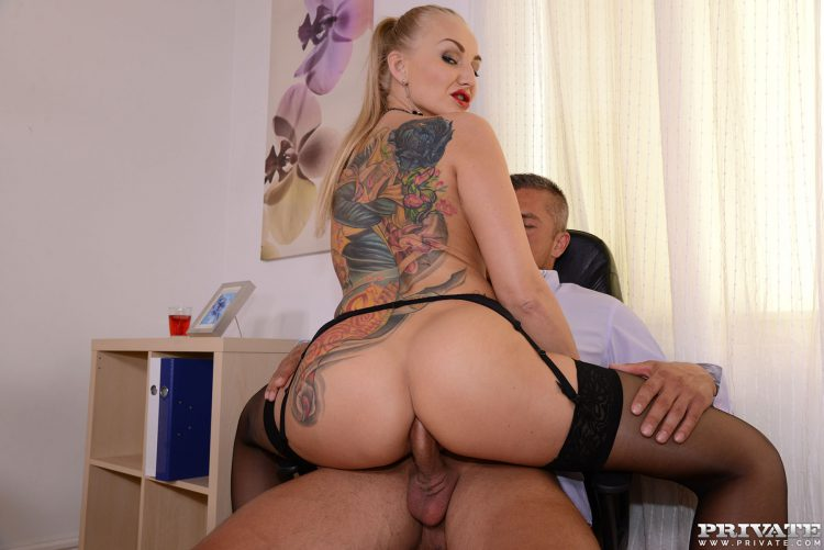 milf-secretary-kayla-green-has-anal-with-boss-private-5620089-1115698312