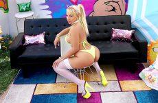 busty anal blonde Valentina Jewels