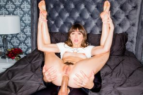 Riley Reid with small ass, deep anal
